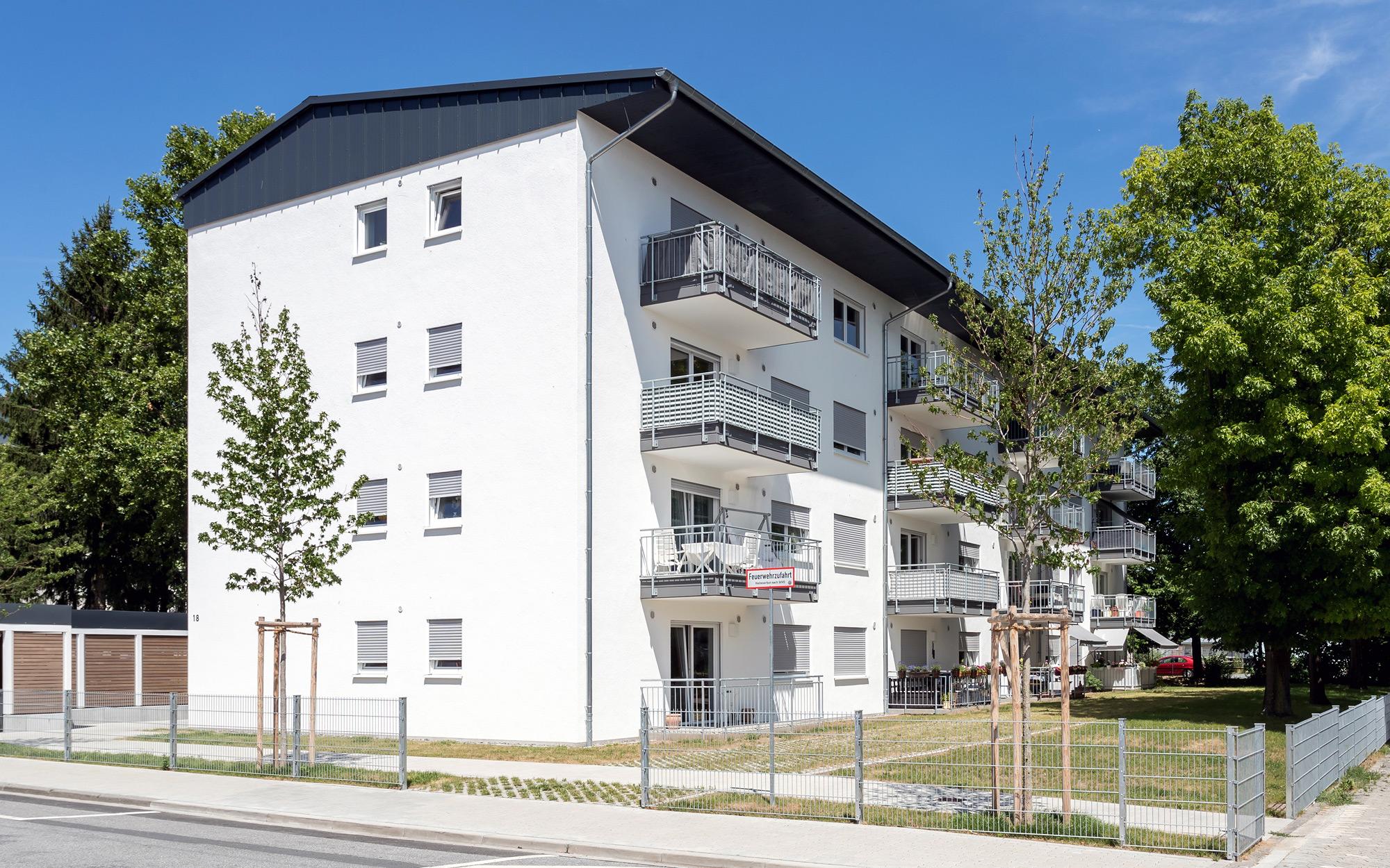 Neubau eines 16 Familienwohnhauses im sozialen Wohnungsbau / Bauzeit April 2015 bis Juni 2016